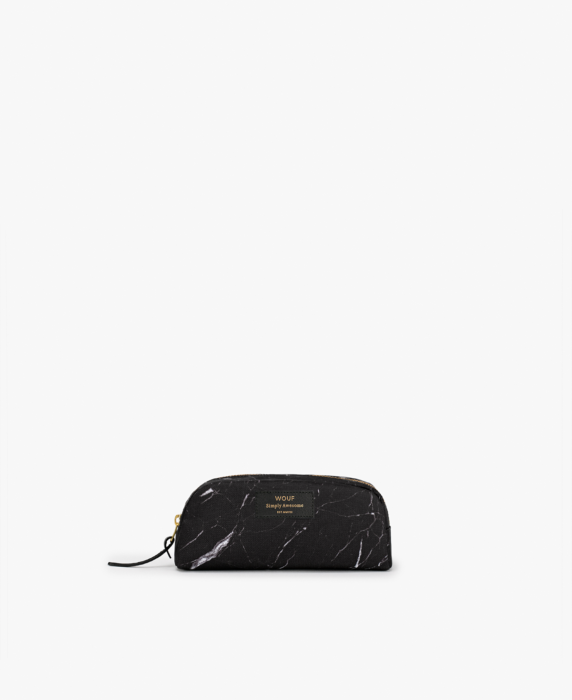 blak toiletry bag