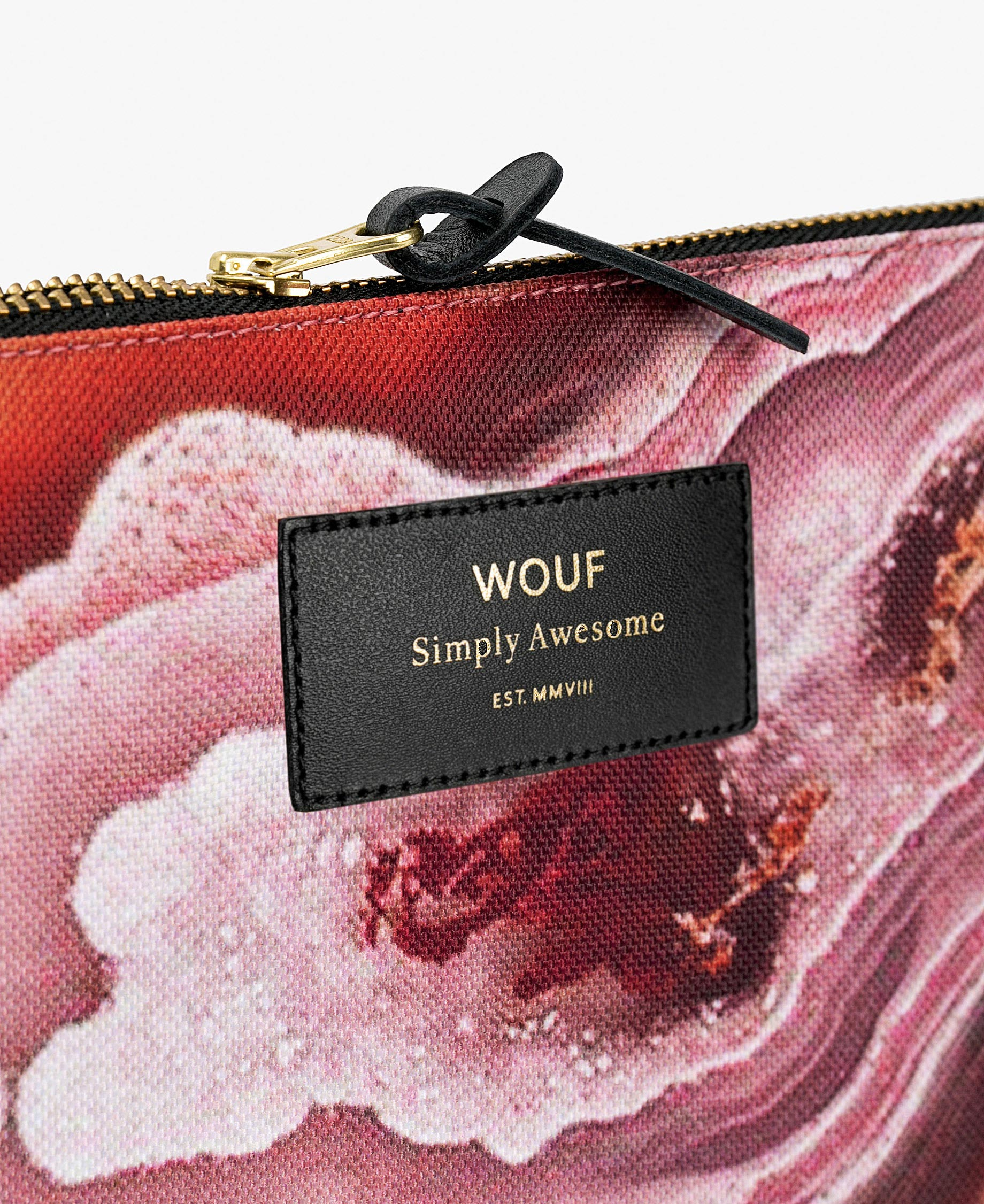 pink pouch bag with leather details