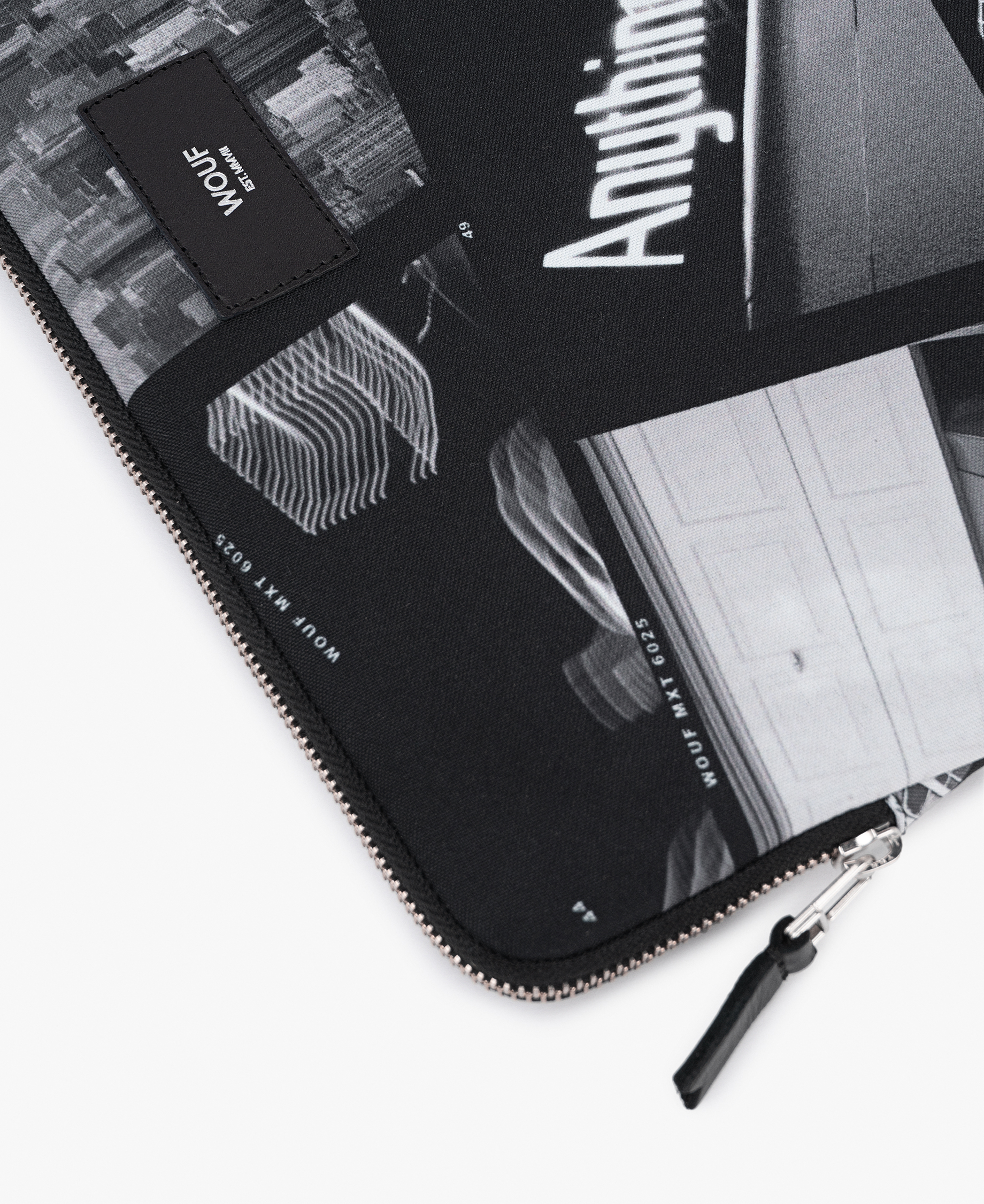 grey laptop case