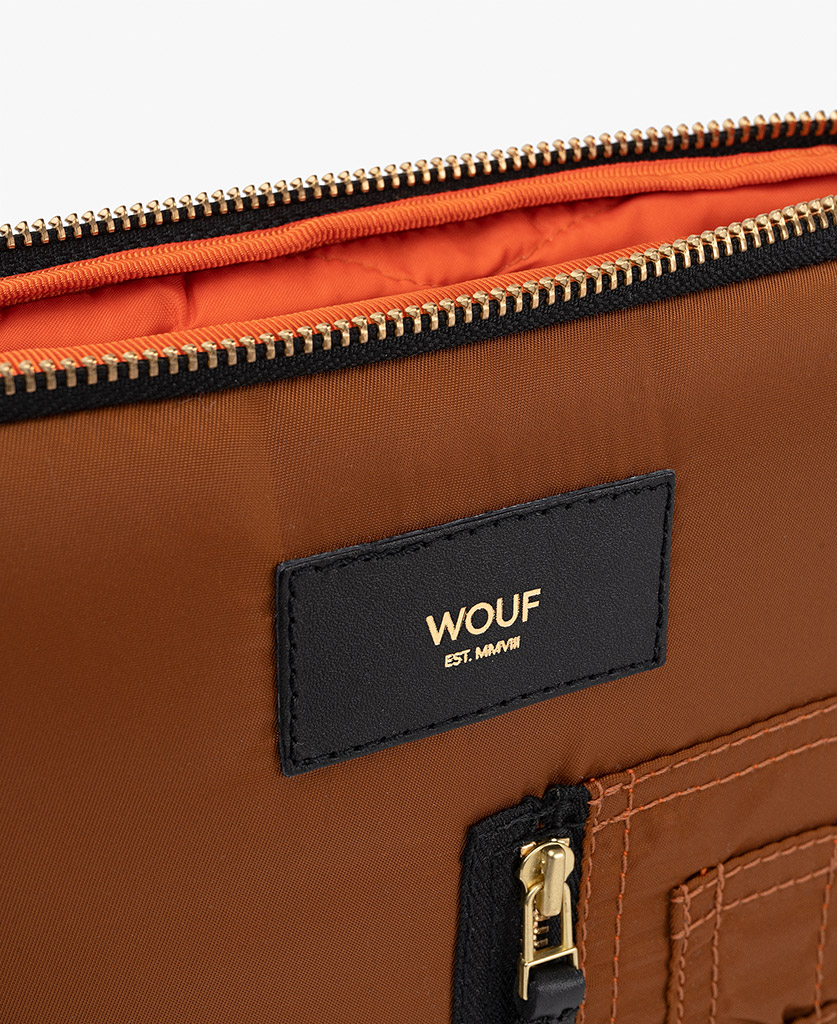 smart brown ipad case for man with orange inside