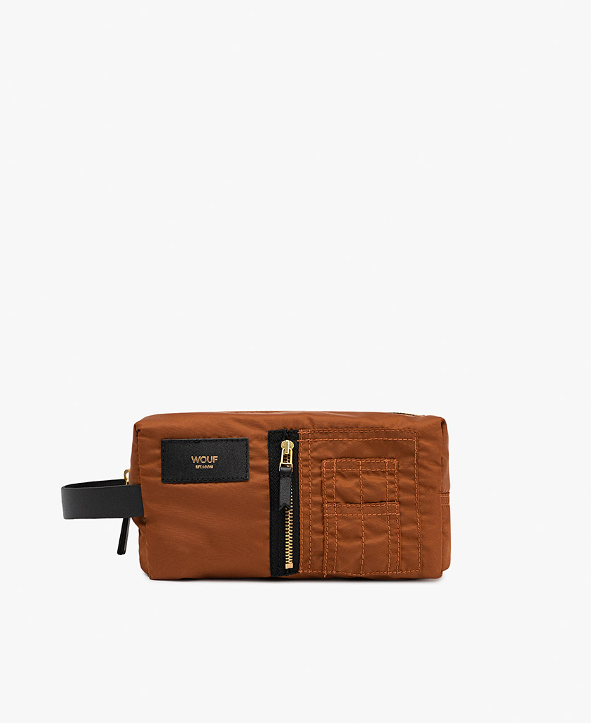 smart brown toiletry bag for man