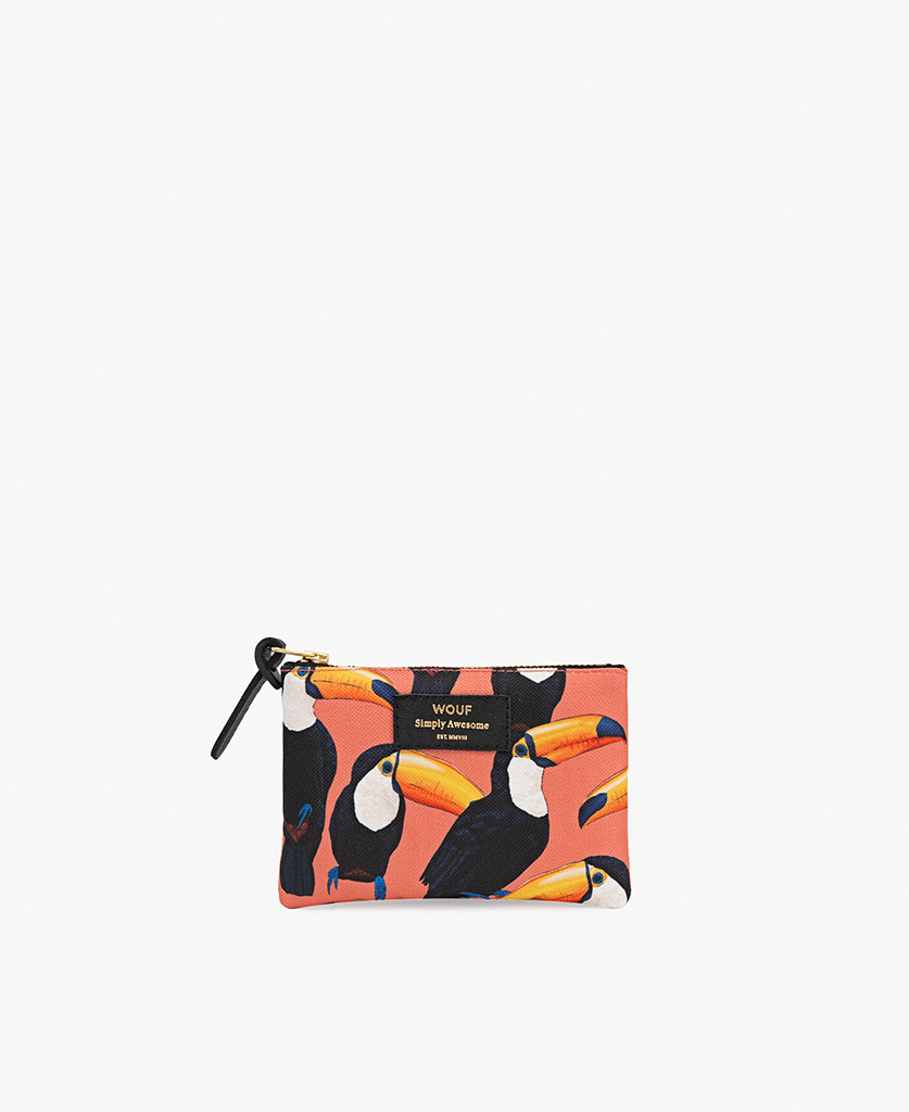 woman pouch bag in coral