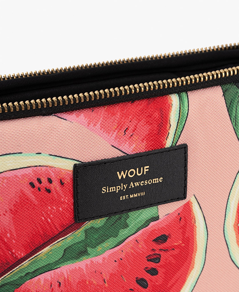 woman laptop case with fruits